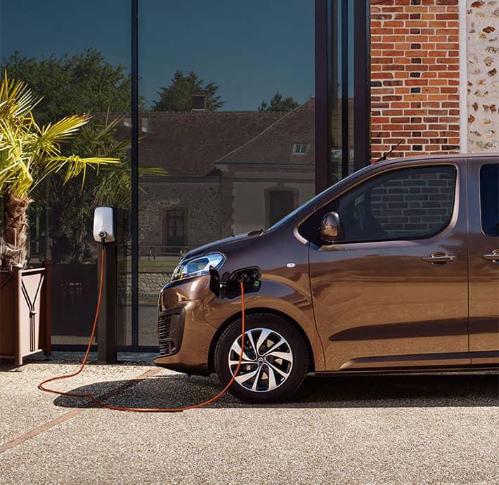 Van électrique Citroën ë-SpaceTourer Valréas